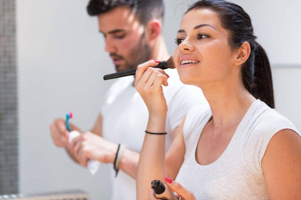 為什麼女友要花那麼多時間化妝
