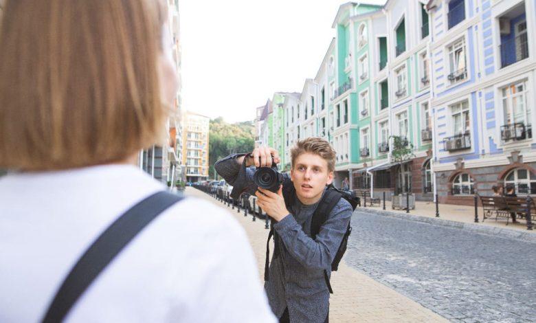 Photo of 出國玩想要拍網美照、全家福?教你3句實用英文請外國人幫你拍照!