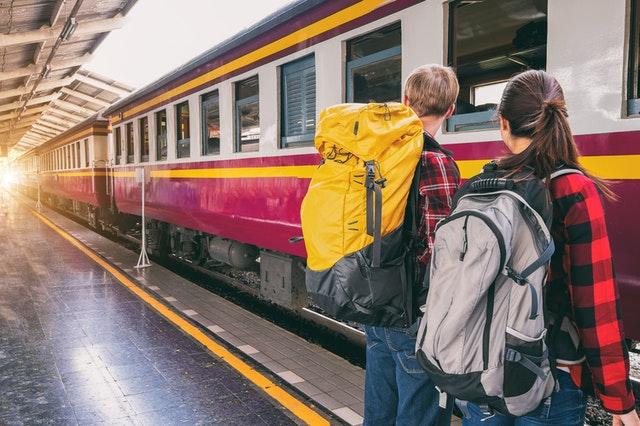 交通工具-火車
